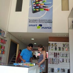 Photo taken at Applemania by Gillyana W. on 9/8/2012