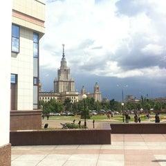 Photo taken at Шуваловский корпус МГУ by Роман Е. on 6/29/2012