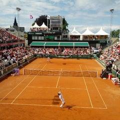 Foto tirada no(a) Båstad Tennis Stadium por Ulf H. em 7/17/2012