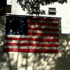 Photo taken at Betsy Ross House by Lynda D. on 8/27/2012