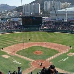 Photo taken at 사직야구장 (Sajik Baseball Stadium) by Mint C. on 4/7/2012