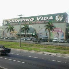 Photo taken at Shopping Vida by Adriano R. on 7/11/2012