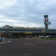 Das Foto wurde bei Rotterdam The Hague Airport (RTM) von Aschwin M. am 6/15/2012 aufgenommen