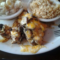 Photo taken at Texas Roadhouse Grill by Bradley W. on 4/5/2012