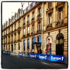Photo taken at Europe 1 by Romain AMBRO on 9/10/2012
