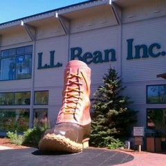 Photo taken at L.L.Bean by Marie C. on 7/8/2012