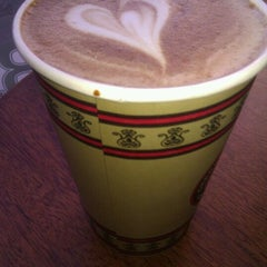 Photo taken at Cherry Street Coffee House by Ian K. on 2/7/2012