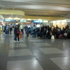 Photo taken at Terminal de Buses María Teresa by Raul G. on 7/29/2012