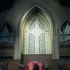 Photo taken at Middle Collegiate Church by Sissy V. on 5/27/2012
