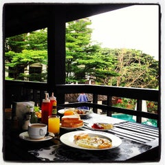 Photo taken at Rainforest Boutique Hotel Chiang Mai by Mod J. on 9/2/2012