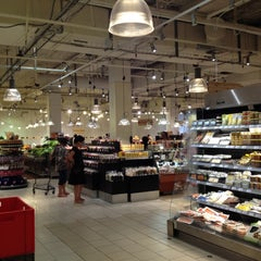 Photo taken at La Grande Épicerie de Paris by Maithe B. on 8/20/2012