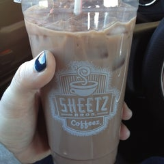 Photo taken at Sheetz by Shannon M. on 4/29/2012