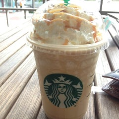 Photo taken at Starbucks (สตาร์บัคส์) by Mr.April N. on 7/12/2012