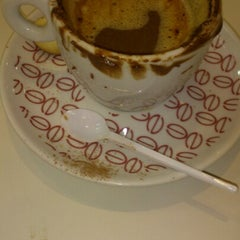 Photo taken at Cafeteria Naumann Gepp by Vitor S. on 8/5/2012