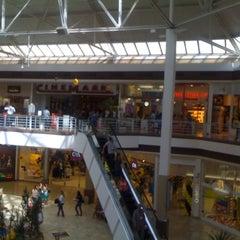 Photo taken at Shopping Campo Grande by Thiago M. on 2/10/2012