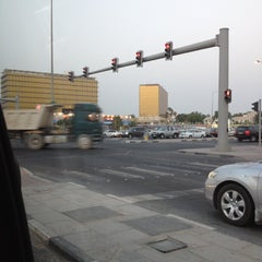 Photo taken at Ramada Intersection | تقاطع رامادا by Amoonii A. on 6/15/2012