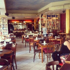 Photo taken at Goldmund Literaturcafe by Ronny M. on 8/5/2012