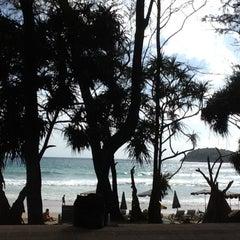 Photo taken at หาดกะตะ (Kata Beach) by Diao T. on 8/5/2012