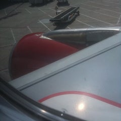 Photo taken at Virgin America Flight 416 by Daniel R. on 4/12/2012