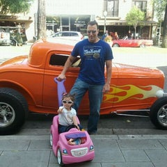 Photo taken at Cruisin' Grand by Amy N. on 5/18/2012