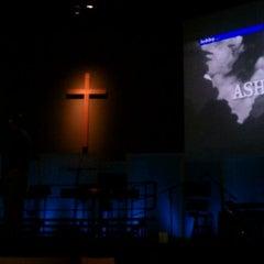 Photo taken at Vineyard Columbus by Domarita L. on 2/19/2012