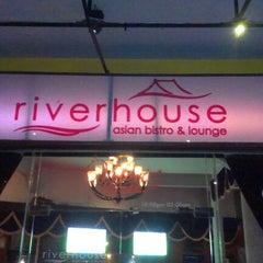 Photo taken at Riverhouse Lounge by Nhân V. on 9/2/2012