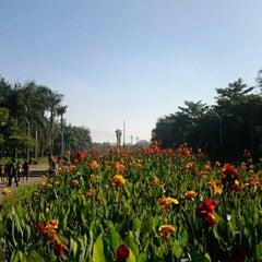 Photo taken at Lapangan Tegalega by Udiens on 6/16/2012