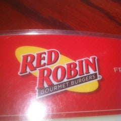 Photo taken at Red Robin Gourmet Burgers by John Y. on 2/15/2012