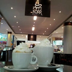 Photo taken at Café Noar by Laura T. on 4/23/2012