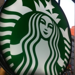 Photo taken at Starbucks by Stephania A. on 7/31/2012