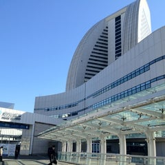 Photo taken at パシフィコ横浜 (PACIFICO YOKOHAMA) by Eiichi Y. on 2/12/2012
