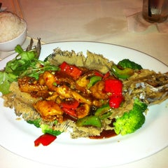 Photo taken at Bo Ling's Chinese Restaurant by Irina F. on 3/21/2012