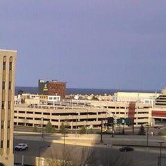 Photo taken at Radisson Hotel Duluth-Harborview by Matt M. on 4/19/2012