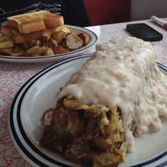 Photo taken at Decatur Diner by Jen W. on 8/7/2012