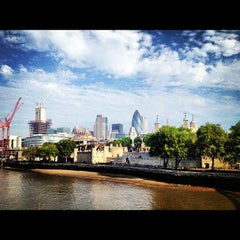 Photo taken at Tower Bridge Exhibition by Taiki A. on 9/4/2012