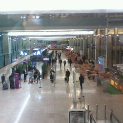 Photo taken at Terminal Sud by Carlos sebastian v. on 2/15/2012