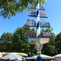 Photo taken at Viktualienmarkt by Wolfgang M. on 8/18/2012