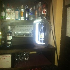 Photo taken at Cafe Pub Ganivet 13 by No solo una idea on 2/28/2012