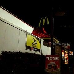 Photo taken at McDonald's by Nakeva (Photography) C. on 2/8/2012