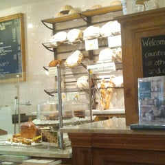 Photo taken at Le Pain Quotidien by Michelle Lee B. on 7/23/2012
