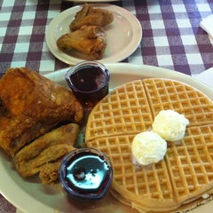 Photo taken at Roscoe's House of Chicken and Waffles by Ron S. on 2/12/2012