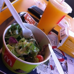 Photo taken at McDonald's by André H. on 4/3/2012