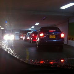 Photo taken at Tiendas Jumbo Cabecera by Maria Fernanda R. on 4/17/2012