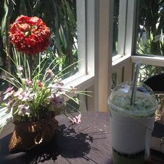 Photo taken at Café Amazon (คาเฟ่ อเมซอน) by Au N. on 5/20/2012