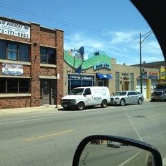 Photo taken at The Fish Guy Market by Akki M. on 5/29/2012
