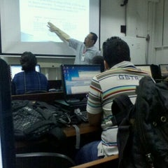 Photo taken at Faculdade Nossa Cidade FNC by Henrique S. on 8/28/2012