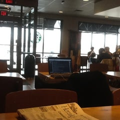 Photo taken at Starbucks by Frank S. on 2/6/2012