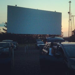 Photo taken at Aut-O-Rama Twin Drive-In Theatre by Jocelyn T. on 8/26/2012