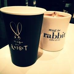 Photo taken at Mug For Rabbit by 최영민 C. on 2/16/2012