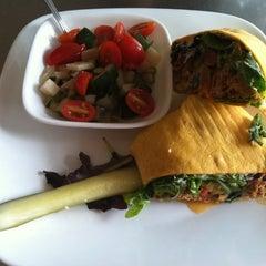 Photo taken at Gott Gourmet Café by Regina W. on 9/13/2012